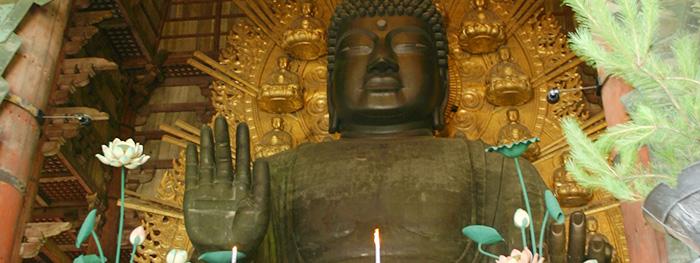 めっきが施された、東大寺の大仏